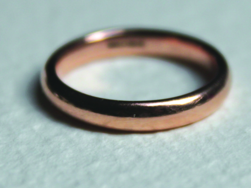 e1cfee92186770 Wedding bands: which metal is best for you? - Mouthy Money